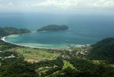 playa_herradura_costa-rica-002